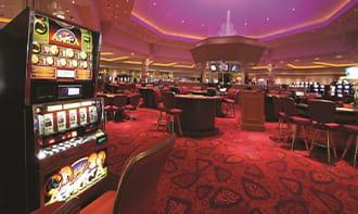 Ruang mesin slot di CasinoRiverside di Iowa